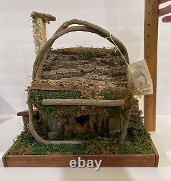 Craftline The Country Charm Collection Indoor Mountain Crafted Bird House