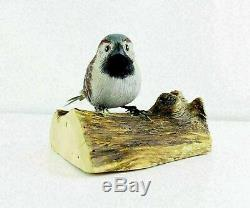 Hand Carved Wood House Sparrow Bird On Branch Figure Signed Ed Magargee 5 Long