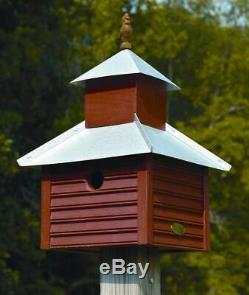 Rusty Rooster Red Wood Bird House with Galvanized Metal Roof ID 9016