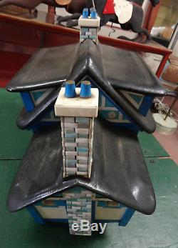 Unusual Large Vintage Wooden & Ceramic Wren Bird House withLights REDUCED
